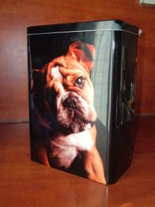 .... ή μπορεί ο νικητής να το χρησιμοποιήσει ως κουτί αποθήκευσης προσωπικών του αντικειμένων!